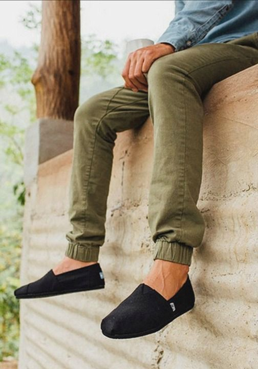 The foundation of the One for One movement: TOMS Classics.