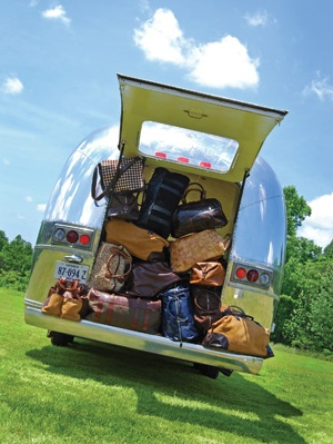 Airstream Living - Bing Images: Trunks Spaces, Airstream Camps, Bing Image, Vintage Camps, Travel Trailers, Bags Wil Travel, Roads Trips, Airstream Trailers, Airstream Living