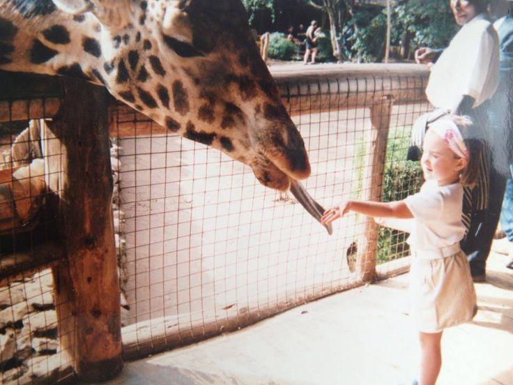 Il Kenya è un paese capace di offrire stimoli ed emozioni ai piccoli come pochi altri riescono a fare, è un'occasione unica per avvicinare i bambini agli animali e al loro habitat naturale, per insegnare ai nostri piccoli, le nuove generazioni, l'educazione e il rispetto verso la natura e l'ambiente. Un safari insieme ai bambini è il regalo più bello che si possa fare all'intera famiglia ... basta essere disposti a privilegiare il comfort rispetto all'avventura.