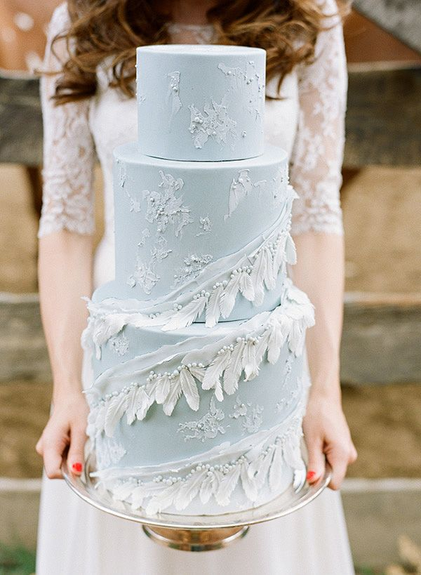 Tiered Wedding Cake with Sugar Feathers and Lace | Connie Whitlock Photography on @heyweddinglady via @aislesociety