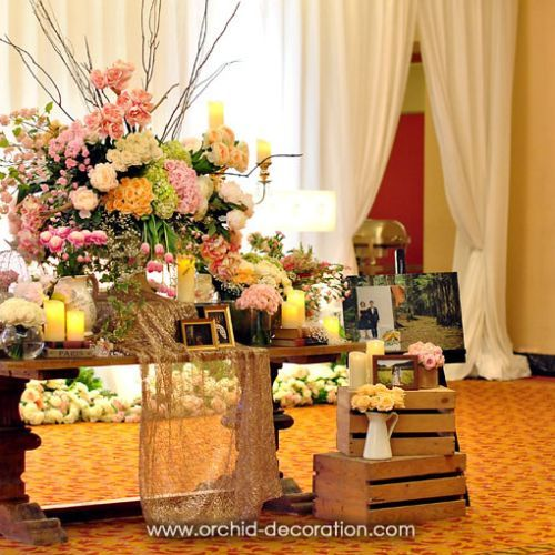 Foto dekorasi & lighting pernikahan oleh Orchid Florist and Decoration