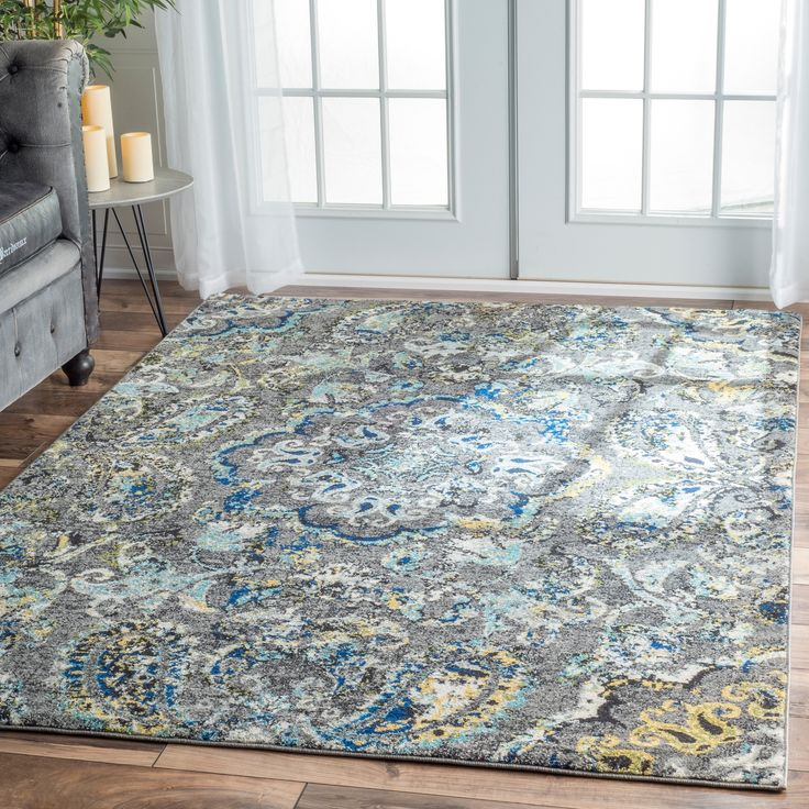 This area rug is crafted with easy to clean