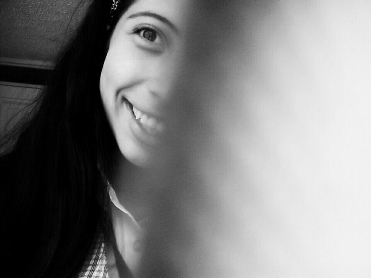 Una sonrisa  que deslumbra con esa mirada inocente