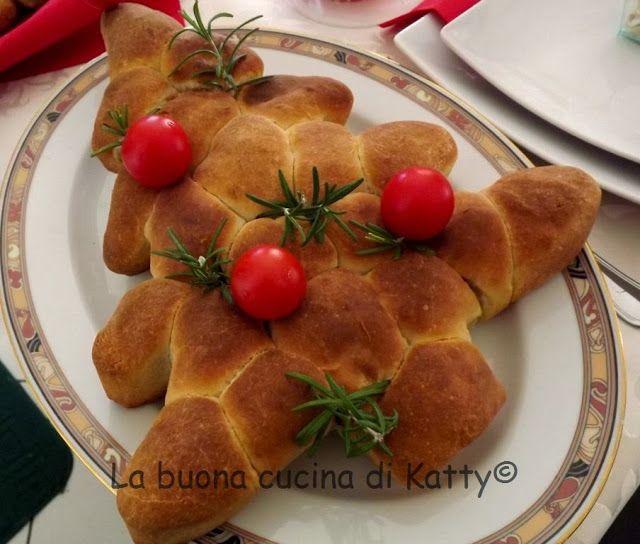 La buona cucina di katty: Albero di panini di pizza farciti al salame