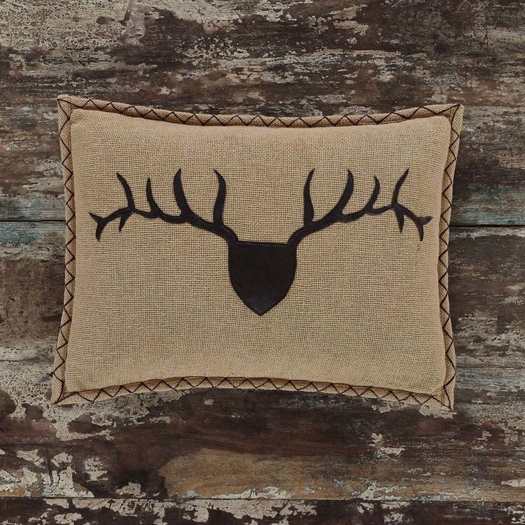 Everything Primitives - Dawson Star Trophy Head Applique Pillow, $16.95 (https://www.everythingprimitives.com/dawson-star-trophy-head-applique-pillow/)