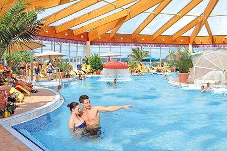 Therme | Schwimmbad | Sauna | Wellness | Hotels | Natronbecken | Poolbar | Berlin | Brandenburg | Schwimmen und Baden
