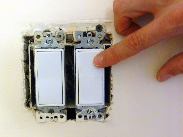 Inside of a lightswitch (diynetwork, 2015):