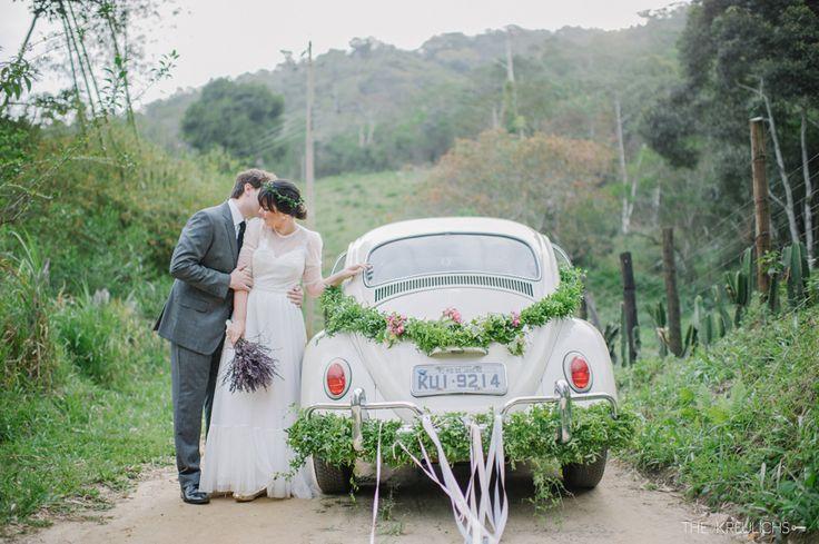 """Vocês que estão na fase dos preparativos e na fase de criar lindezas para o casamento, separamos algumas ideias incríveis, criativas e super legais. Somos apaixonadas por detalhes e por casamentos com a personalidade dos noivos, que sejam únicos e autênticos. Muitas vezes a fase """"pré-casamento"""" ..."""