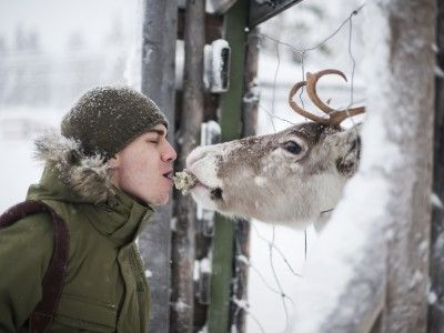 Numerose sono le ragioni per innamorarsi della Finlandia e dei finlandesi. Una lista completa è praticamente impossibile: noi abbiamo deciso di provarci comunque, creando un elenco casuale di fatti e curiosità che vi faranno sicuramente innamorare!