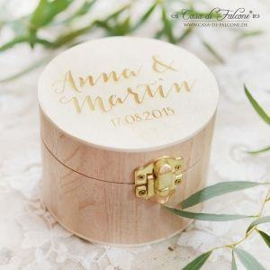 Personalisiertes Ringkissen - Holzbox graviert mit Namen
