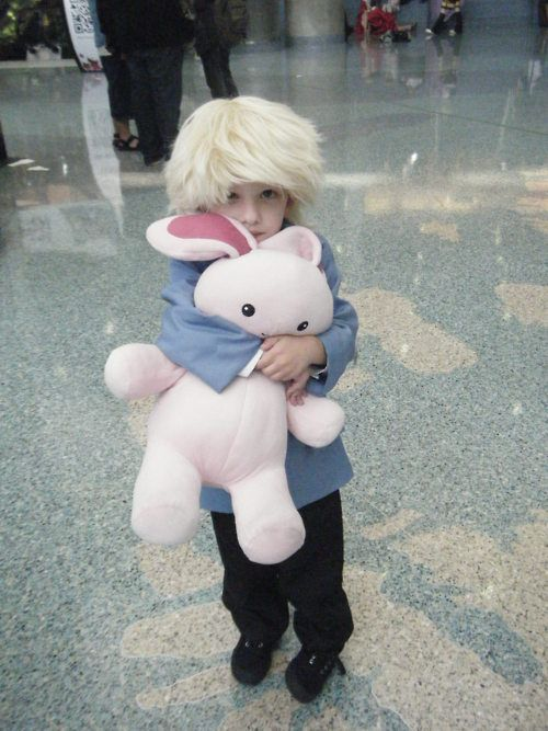 Mistukuni Haninozuka - Ouran High School Host Club....While adorable, how can you do this to your kid LOL