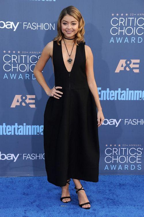 Sarah Hyland at Critics' Choice Awards 2016 in Vera Wang, Сара Хайленд