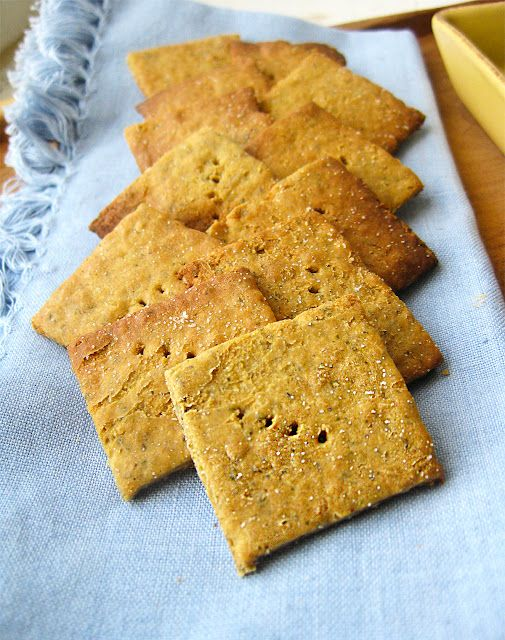 Gluten-Free Quinoa ThinsHoney Quinoa Breads Recipe, Gluten Fre Quinoa, Healthy Snacks, Quinoa Crackers, Raw Honey, Gluten Free Quinoa, Quinoa Recipesqueen, Quinoa Thin, Wheat Thin