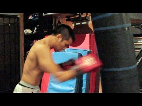 Training: Heavy Bag Drills | Johnny Nguyen | ExpertBoxing.com #boxing