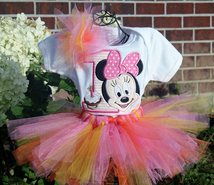 Minnie Mouse 1st Birthday Outfit.