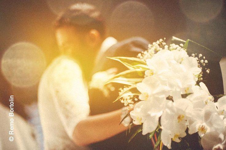 Niente come un abbraccio tra #sposi! Siete d'accordo? Remo Bortolin per #Matrimonio Italiano.   http://www.matrimonio-italiano.it/fotografo/Remo_Bortolin#6177e294-d518-11e2-8f39-d4ae52b11378