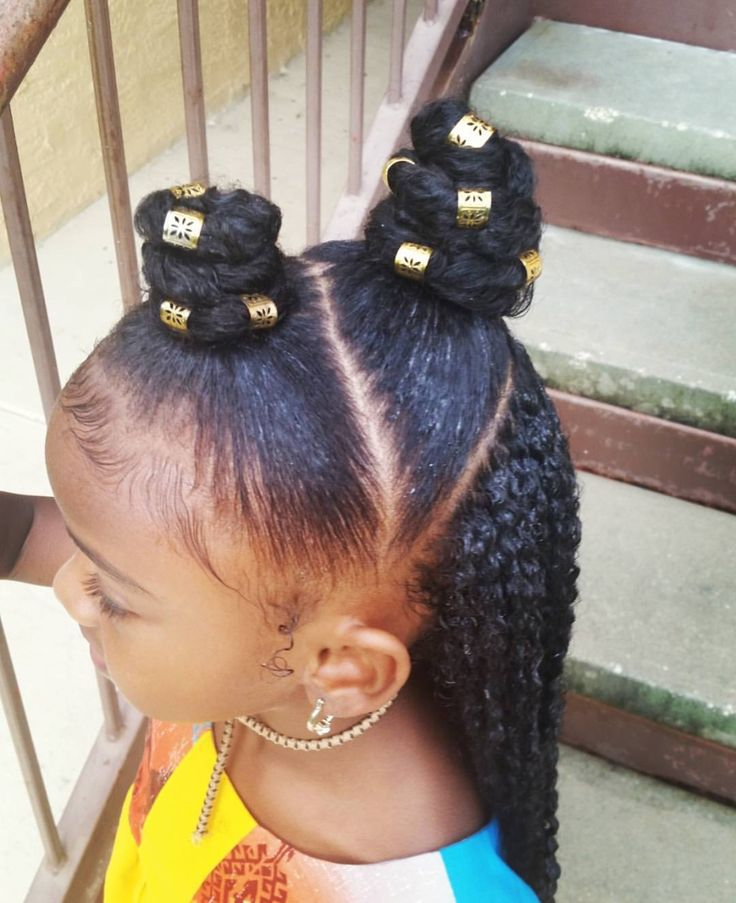 Giant bantu knot with gold hair jewelry