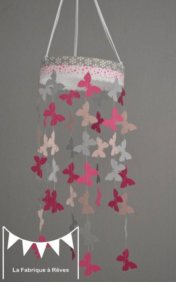 Mobile suspension papillons rose poudré gris et rose fuchsia - décoration chambre bébé enfant fille
