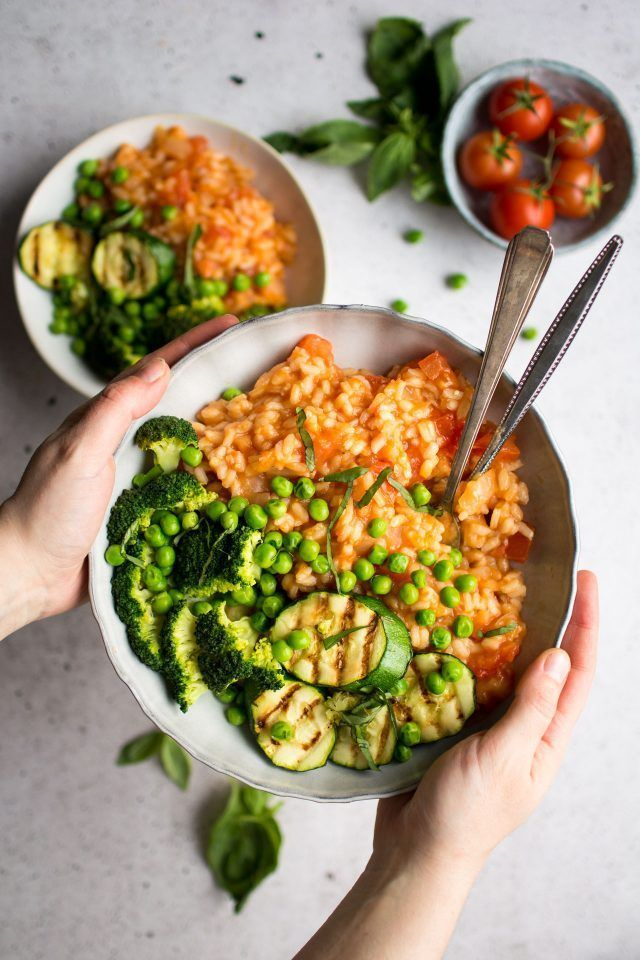 Frisches Tomatenrisotto mit gegrilltem Gemüse (+ Meine Top-Tipps für perfektes Risotto!)