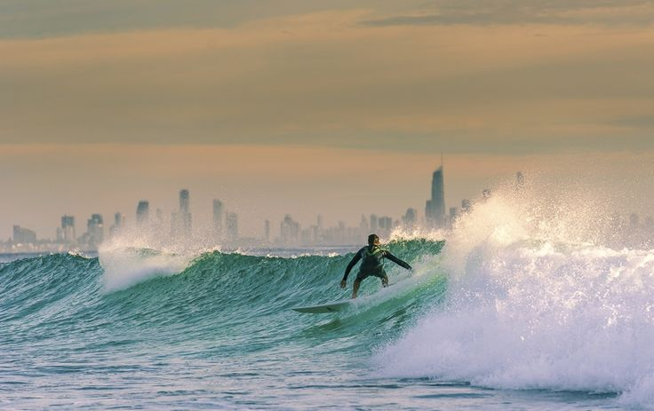 Morning Surf on the Gold Coast