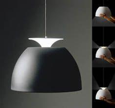 Luminária escolhida para sala de jantar. Bossa, Lumini na cor branca