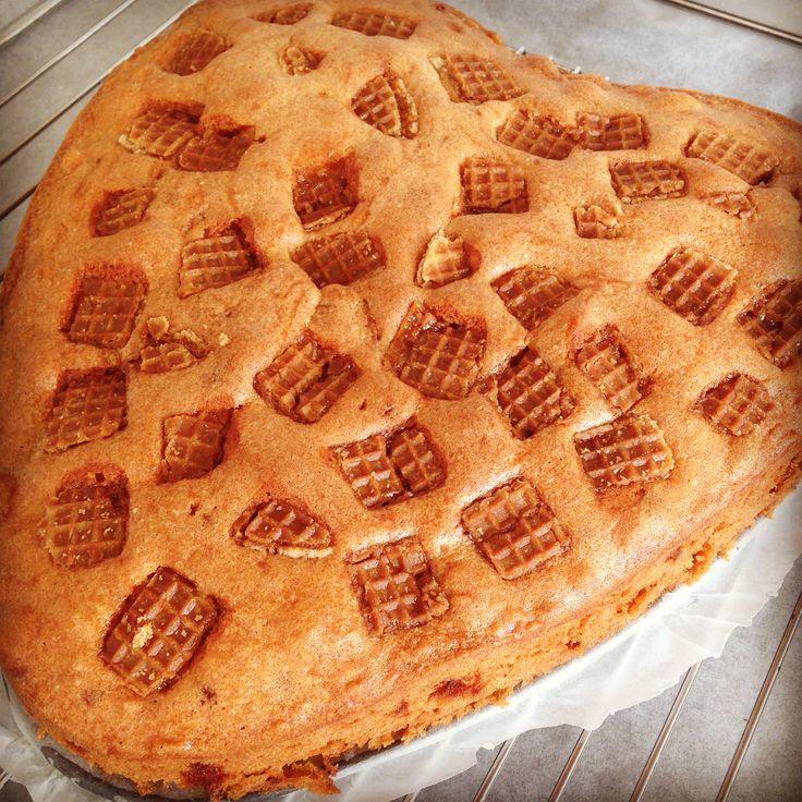 Stroopwafelcake à la Koopmans. Lekker hoor! http://www.koopmans.com/recept/oud-hollandse-stroopwafelcake/