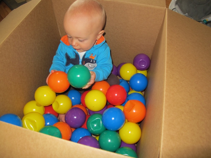 Infant Ball Pit - Sometimes, it is just so darn easy!: Baby Sensory, Sensory Activities, Baby Play, Ball Pits, Box, Sensory Activity, Infants, Kid