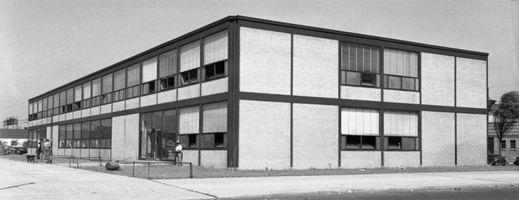 Mies van der Rohe; Alumni Memorial Hall, Illinois Institute of Technology, Chicago, 1945