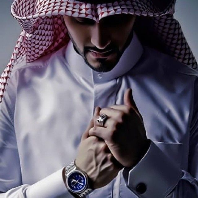 arabianglow: A gentleman is simply a patient wolf. #gentleman #arab #thobe