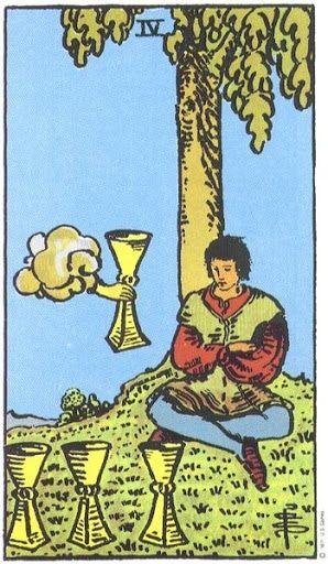 Hiểu Ý Nghĩa Biểu Tượng 78 Lá Bài Tarot – Four of Cups bài tarot Xem thêm tại http://tarot.vn/y-nghia-bieu-tuong-78-la-bai-tarot-four-cups/