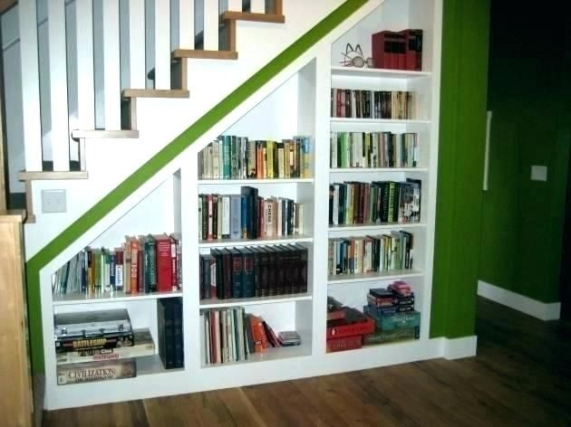 Stair Step Shelf Shelves Staircase Bookcase Bookshelf Plans Remodelacion De Dormitorio Estantes Bajo Las Escaleras Alacena Bajo Las Escaleras