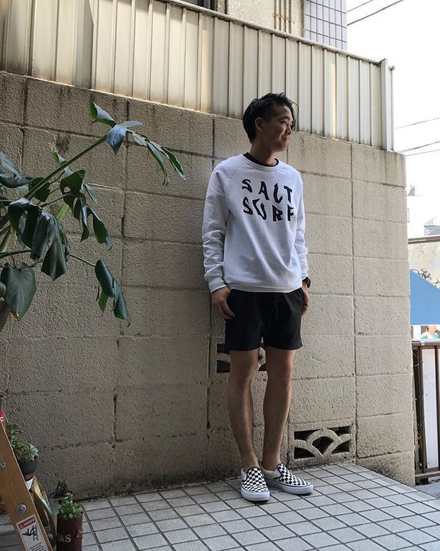 sweat & shortsが良い感じ(^。^) #sweat#saltsurf#ソルトサーフ http://encinitas.shop-pro.jp/?pid=117135023 #shorts#burlapoutfitter#バーラップアウトフィッター http://encinitas.shop-pro.jp/?pid=115713207 #shoes#vans#バンズ#slipon#スリッポン#pro http://encinitas.shop-pro.jp/?pid=115200526 #encinitas#エンシニータス#代官山#代官山セレクトショップ#恵比寿#スウェット#madeinusa#薄手#コットン#ショーツ#縦横ストレッチ#メンズファッション#メンズ#レディースファッション#レディース#本日のコーディネート#通販 #sandiegoconnection #sdlocals #encinitaslocals - posted by tyler https://www.instagram.com/encinitas93. See more post on…