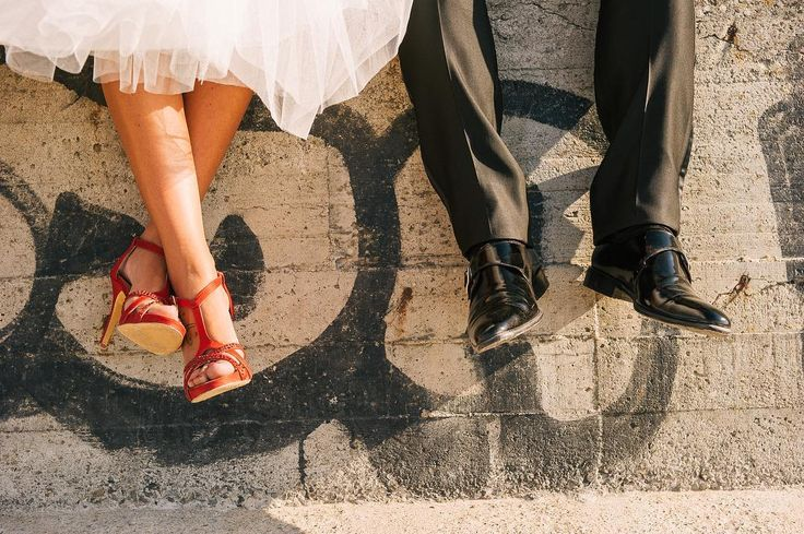 Rosso e Nero.  E tu che colori hai scelto per il tuo matrimonio?  http://ift.tt/2c10Lqj  #love #wedding #matrimonio #weddingday #amore #sposiamoci #sposini #weddings #maritoemoglie #igerspistoia #family #happy #beautiful #italy #igerstoscana #instagood #photooftheday #eleganza #ceremony #groom #married #nozze #lefotodiriccardo #instawed #instawedding #fedi #matrimoni #weddingphotographer #weddingphotography