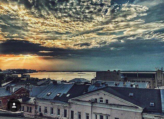 485 отметок «Нравится», 2 комментариев — Нижний Новгород (@novgorodgram) в Instagram: «Любите закаты?🌅 Фото:@lenavorontsova_52 Отмечайте свои фото хештегом #novgorodgram, и лучшие из…»