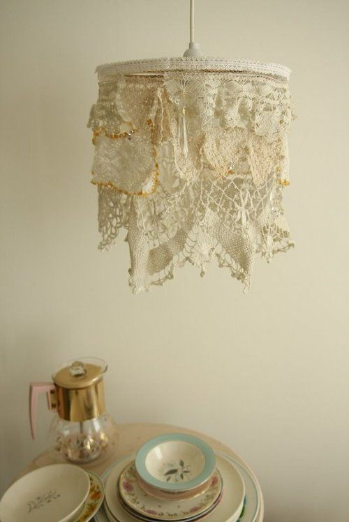 shabby light- lace- sweet idea: Lamps Shades, Lights Fixtures, Shabby Chic, Vintage Lace, Lights Shades, Doilies Lamps, Crochet Doilies, Lampshade, Girls Rooms