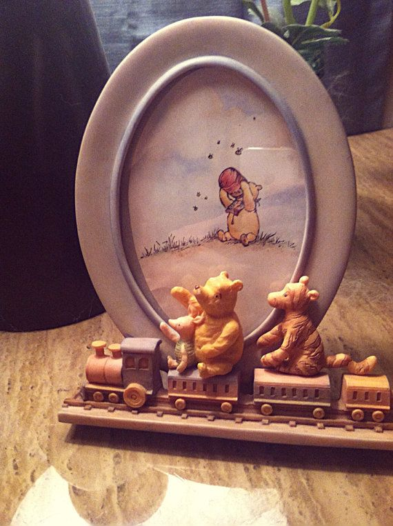 Winnie The Pooh - Classic Pooh - Picture Frame - Train - Baby Room - Charpente Frames - Disney Classic