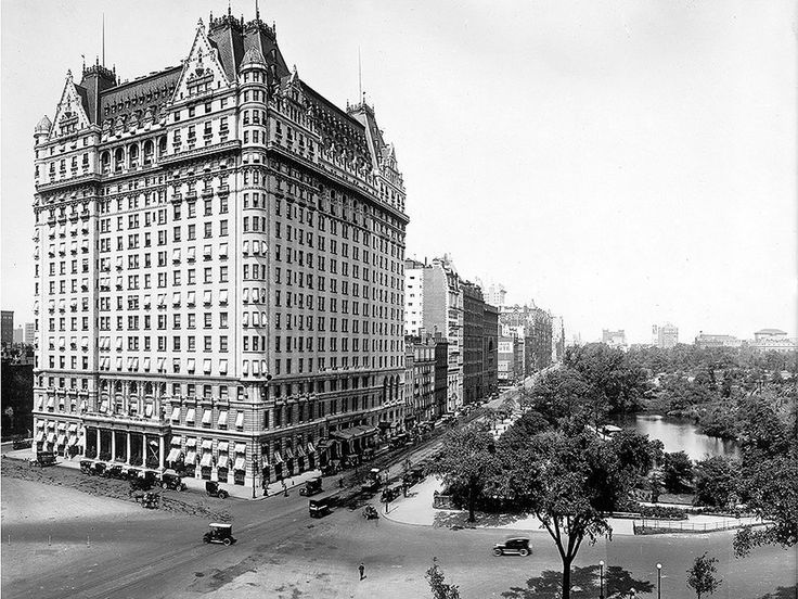 The Plaza hotel, which stands tall at the southeastern corner of the park, in quieter times. 1905 Detroit Publishing Company / Interim Archives / Getty Images