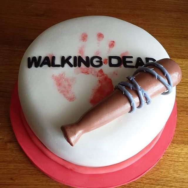 #TheWalkingDead #fondant #cake by Volován Productos #instacake #puq #Chile #VolovanProductos #Cakes #Cakestagram #SweetCake