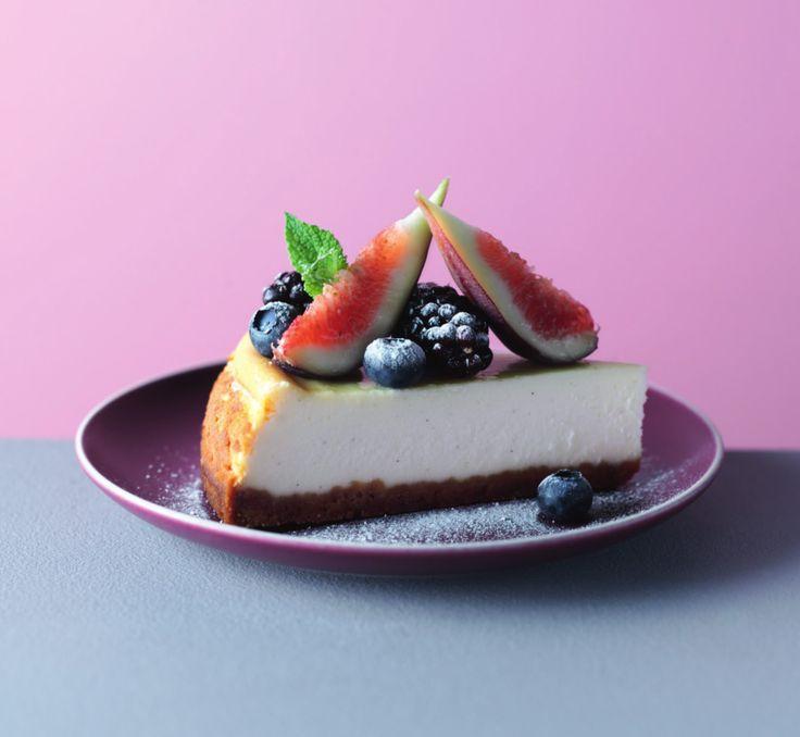 Pastel de queso al horno con moras, arándanos e higos   Noticias   Lorena Pascale
