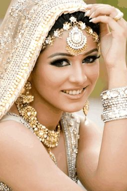 Exotic Wedding Makeup : Exotic woman.. GIFs***EXOTIC WOMEN**All that Glitter ...