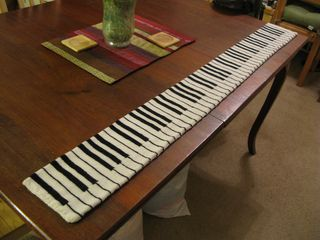 My son, Mikkel, wanted a scarf and he wanted it to be an exact copy of a real piano keyboard with 88 keys. Every key had to have the real size.