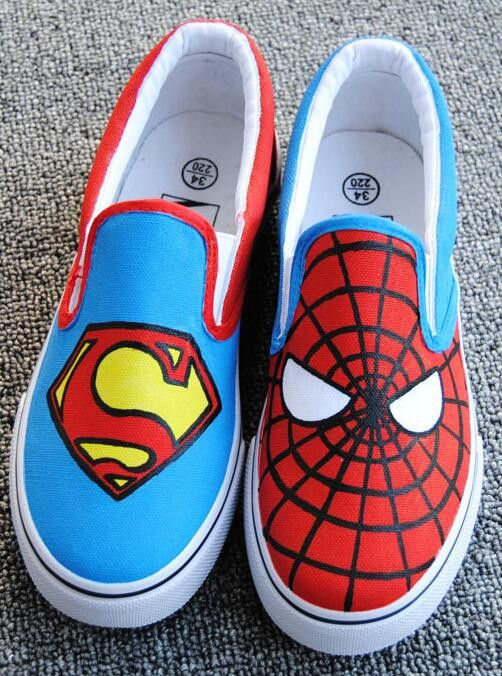 Hand Painted Spider-Man Canvas Shoes Plus Size 34-43 Lazy Shoes For Man And Women Slip On Cartoon Spring Superman Leisure Shoe