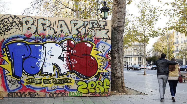Sus artistas callejeros tomaron los muros y vallas publicitarias de la ciudad para dejar mensajes desafiantes.