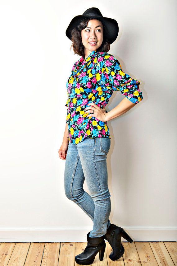 Sale Bright floral silk criss-cross blouse by CirkusVintageCph