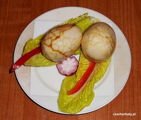 Chińskie jajka herbaciane http://czarherbaty.pl/przepisy/62-przepisy/277-chinskie-jajka-herbaciane