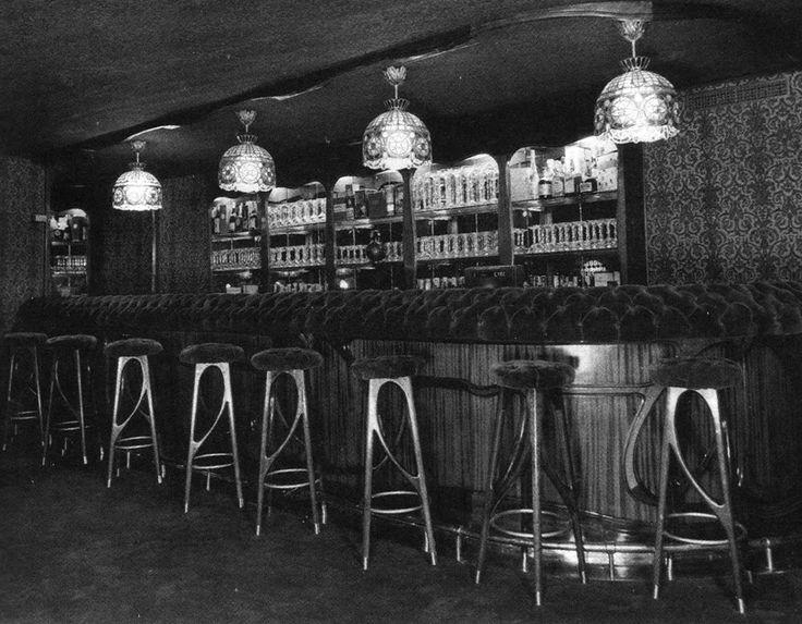 Bocaccio discoteca bar barcelona memories pinterest - Oficinas pelayo barcelona ...