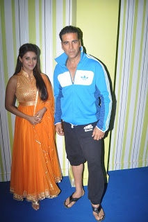 Asin and Akshay Kumar on The Set of Big Boss 6.
