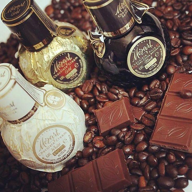 Полезные вещи в плане кофе рассказывает Инна @innabuybeauty @Regrann from @innabuybeauty -  В последнее время просто подсела на #кофе Настя @petitgrainandcoffee привет Так вот чтобы разнообразить вкус этого бодрящего напитка экспериментирую... и как человек не спешаший на работу могу #drinks прям с утра #маманечитайэто Короче рассказываю про ликеры #mozart которые можно привезти из Австрии или забежать в соседней #алкомаркет   В 1770году Кристофер Кениг открыл прибыльное дельце #Koenig…
