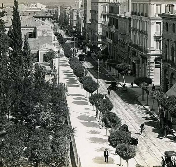 End of 19th century ~ Stadiou street, Athens. Quite different from todays Stadiou which is a cacophony of noise from the traffic.