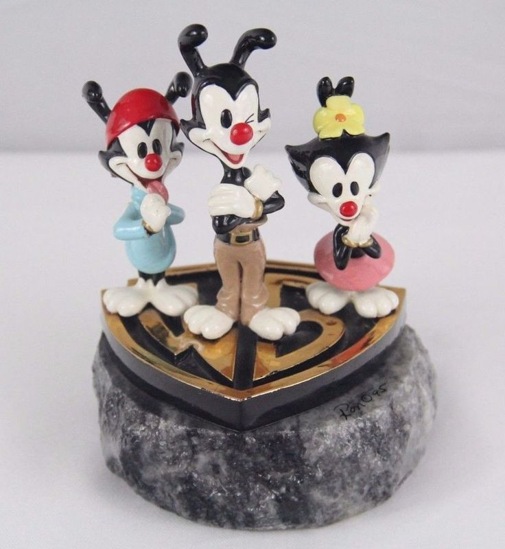 RARE Animaniacs Warner Bros Store Limited Edition Statue Figure Bust 1995 24K Go   eBay